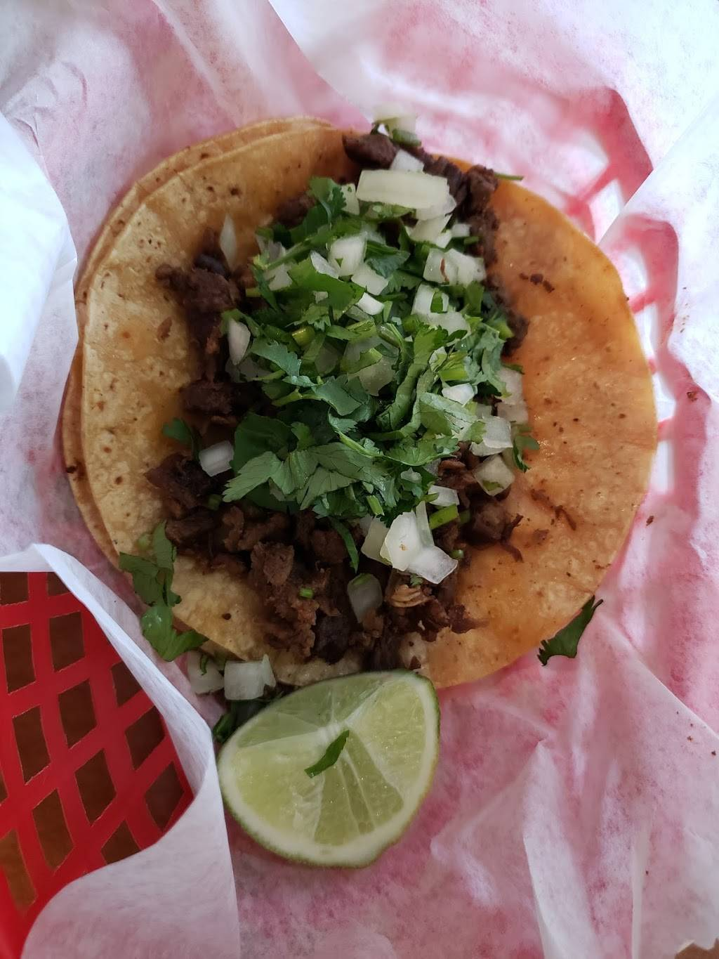 Los Tacos Paco - restaurant  | Photo 4 of 10 | Address: 2516 E Pontiac St, Fort Wayne, IN 46803, USA | Phone: (260) 744-9444