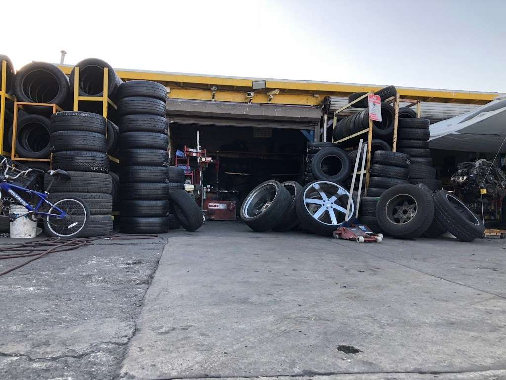 Leon Tires & Wheels - car repair  | Photo 5 of 10 | Address: 8431 S Main St, Los Angeles, CA 90003, USA | Phone: (323) 456-5405