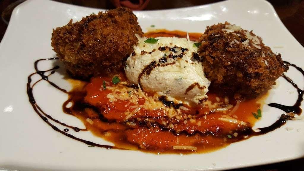 Filomenas Lakeview - restaurant  | Photo 10 of 10 | Address: 1738 Cooper St, Deptford Township, NJ 08096, USA | Phone: (856) 228-4235