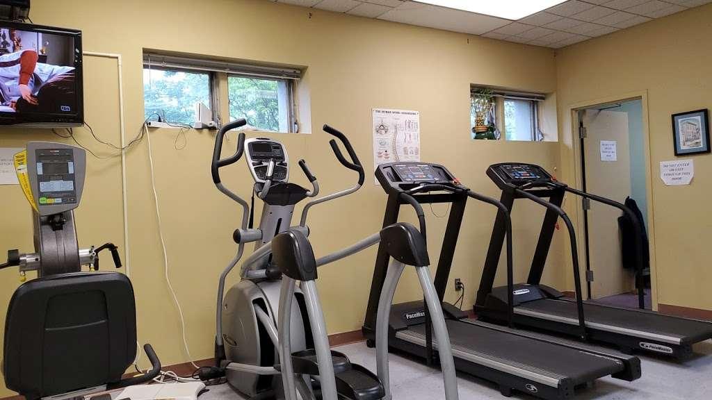 Strulowitz & Gargiulo - physiotherapist  | Photo 2 of 3 | Address: 115 W 42nd St, Bayonne, NJ 07002, USA | Phone: (201) 243-6662