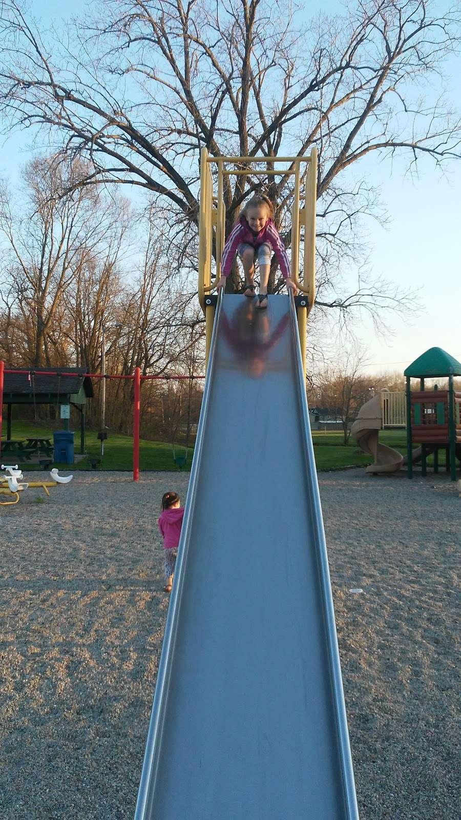 Jonesboro Community Park - park  | Photo 6 of 10 | Address: 708 Fairmount Ave, Jonesboro, IN 46938, USA | Phone: (765) 674-1196