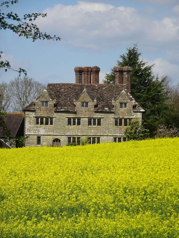 Gulledge Farmhouse - museum  | Photo 10 of 10 | Address: East Grinstead RH19 1TX, UK
