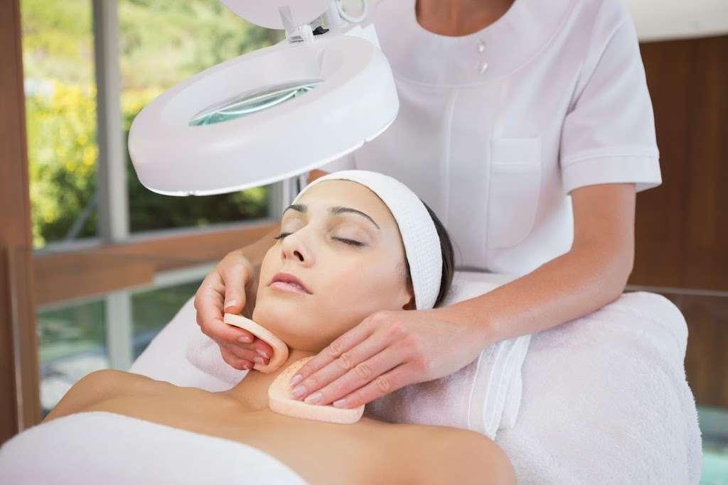 Gift Salon & Spa - hair care  | Photo 6 of 10 | Address: 64 Notch Rd, Woodland Park, NJ 07424, USA | Phone: (973) 807-2219