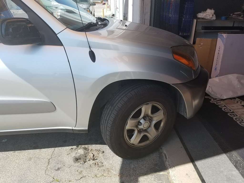 Brothers Auto Body Parts - car repair  | Photo 6 of 10 | Address: 14922 Ramona Blvd Unit K, Baldwin Park, CA 91706, USA | Phone: (626) 813-1126