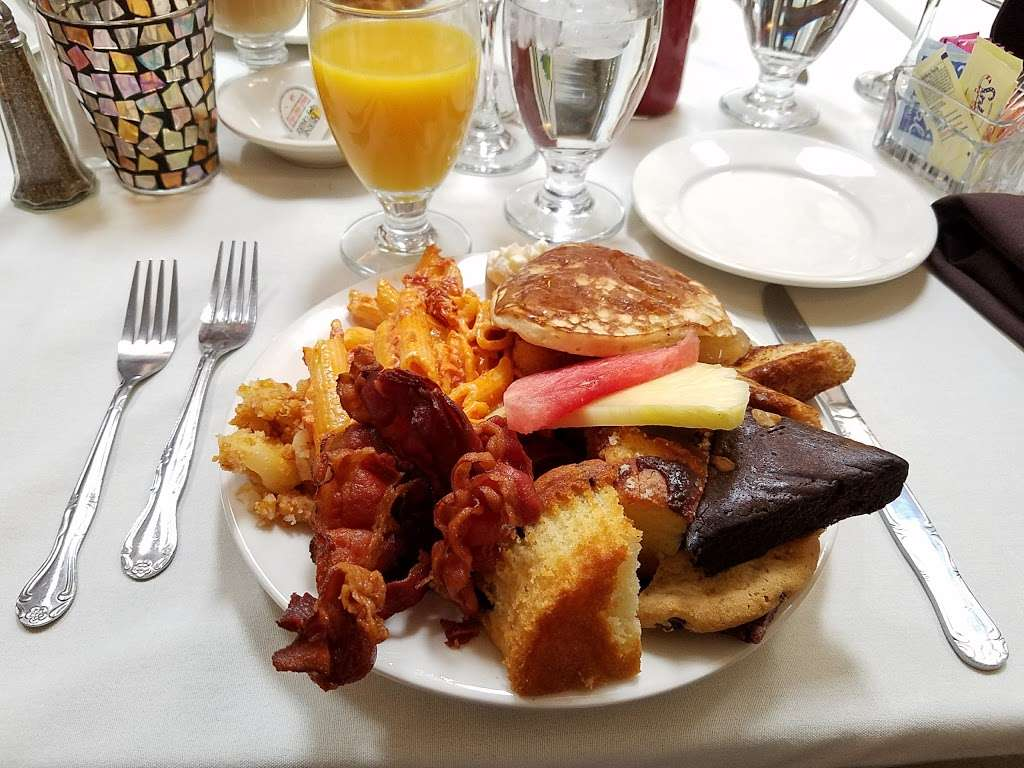 Due Amici Italian Grill - restaurant  | Photo 2 of 10 | Address: 2114 Branch Pike, Cinnaminson, NJ 08077, USA | Phone: (856) 303-8828