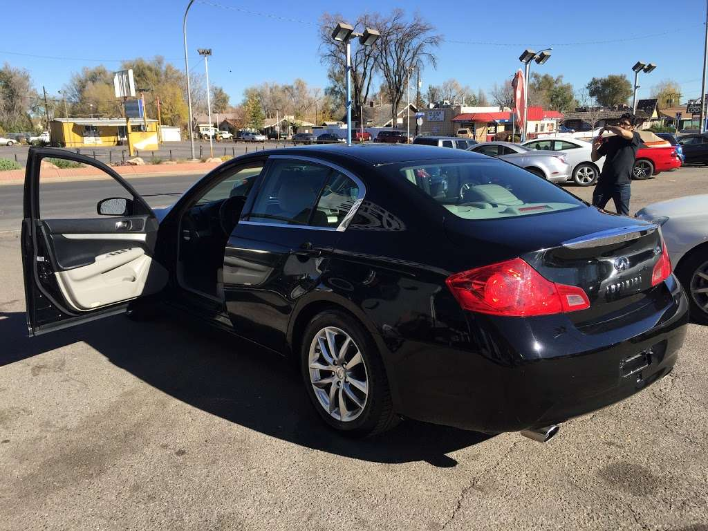 A & B Auto - car dealer  | Photo 3 of 10 | Address: 5700 W Colfax Ave, Lakewood, CO 80214, USA | Phone: (303) 274-1400