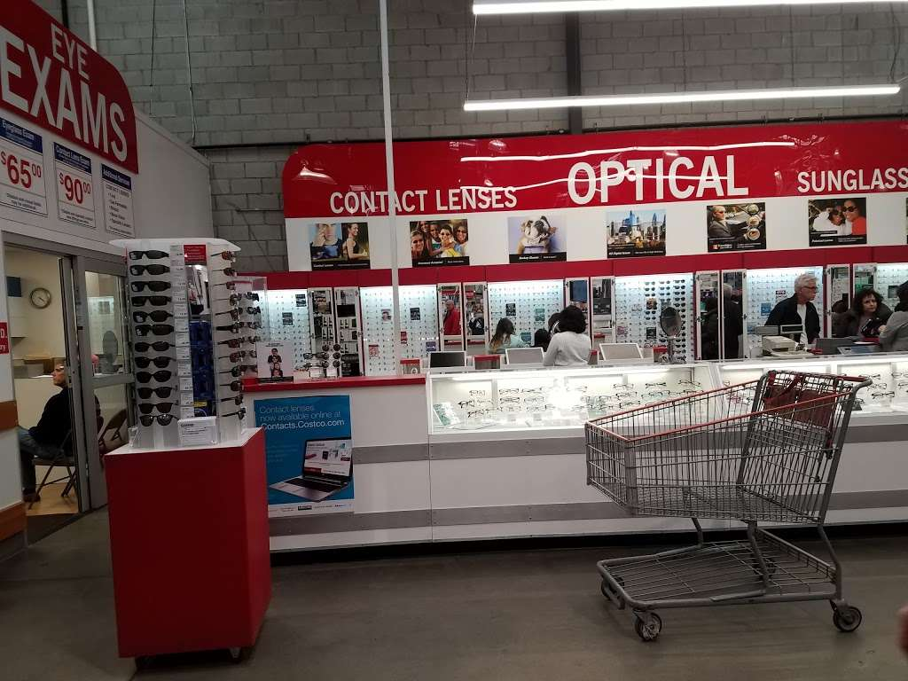 Costco Wholesale - department store  | Photo 10 of 10 | Address: 10 Garet Pl, Commack, NY 11725, USA | Phone: (631) 462-3900