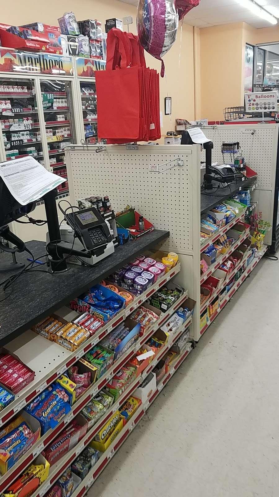 Family Dollar - supermarket  | Photo 2 of 10 | Address: 382 Warburton Ave, Yonkers, NY 10701, USA | Phone: (914) 356-8442
