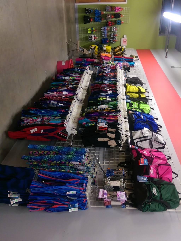 Making Waves USA - clothing store  | Photo 2 of 3 | Address: 6935 Lake Plaza Dr, Indianapolis, IN 46220, USA | Phone: (317) 849-0900