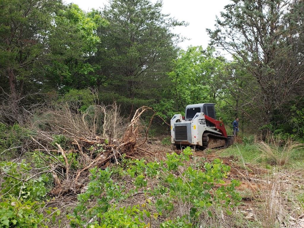 The Pines RV Community - rv park  | Photo 3 of 7 | Address: 5001 Knob Hill Rd, Azle, TX 76020, USA | Phone: (817) 876-7635