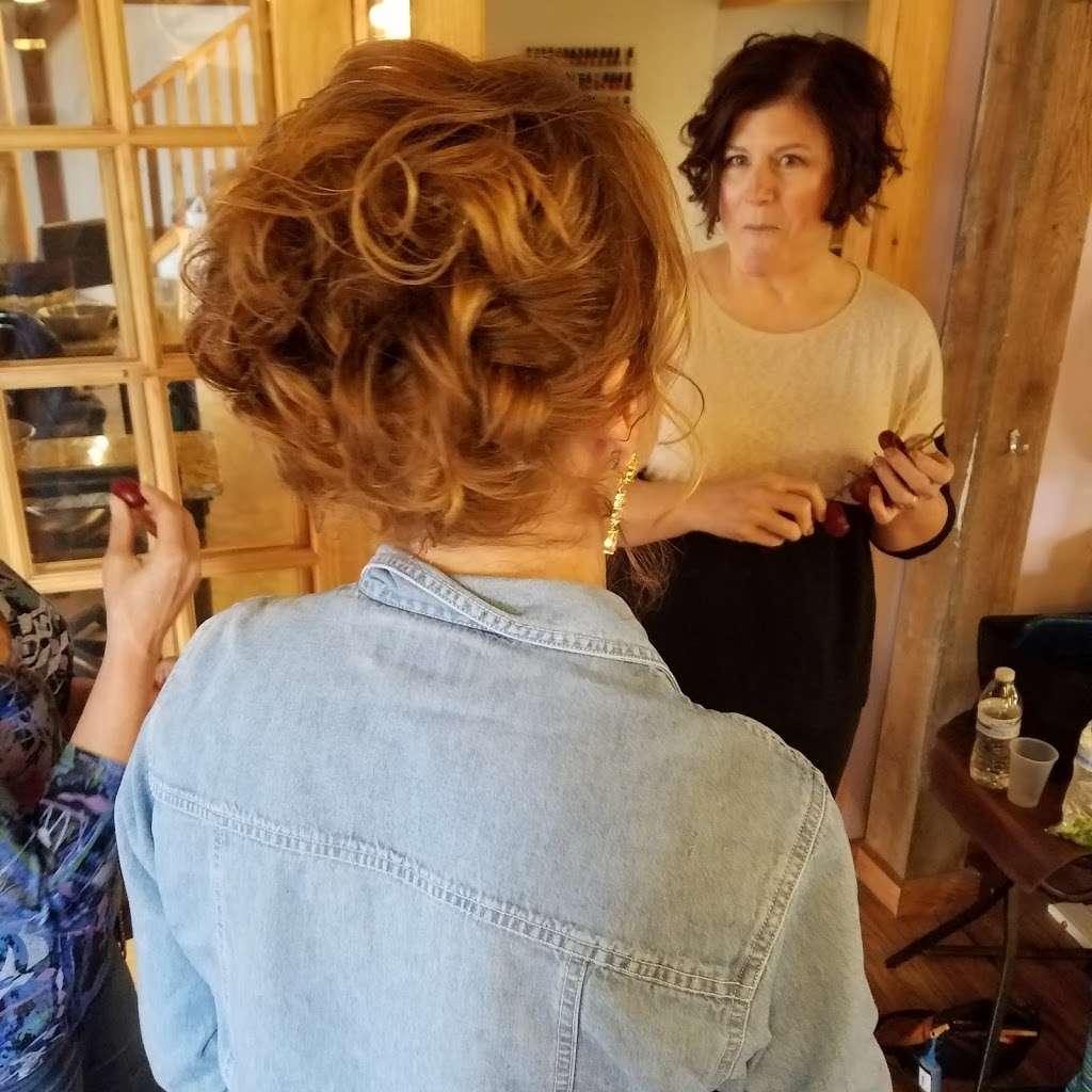 Blue Iris Day Spa & Salon - spa  | Photo 5 of 7 | Address: 879 W Pulaski Hwy, Elkton, MD 21921, USA | Phone: (410) 287-1331