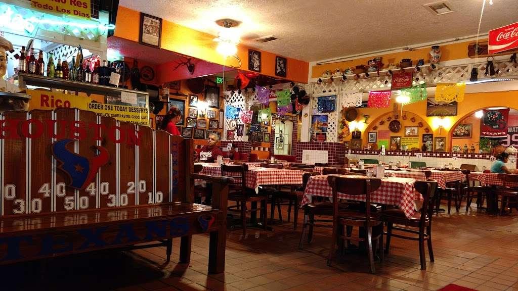 Gorditas Aguascalientes - restaurant  | Photo 5 of 10 | Address: 3810 Irvington Blvd, Houston, TX 77009, USA | Phone: (713) 697-7888