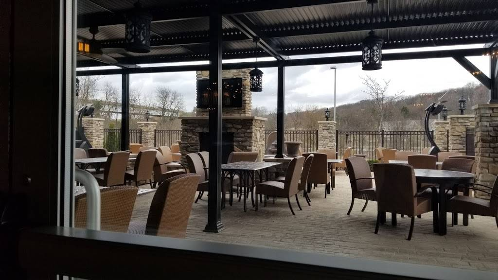 Il Pizzaiolo Warrendale - restaurant  | Photo 4 of 8 | Address: 701 Warrendale Village Dr, Warrendale, PA 15086, USA | Phone: (724) 933-3155