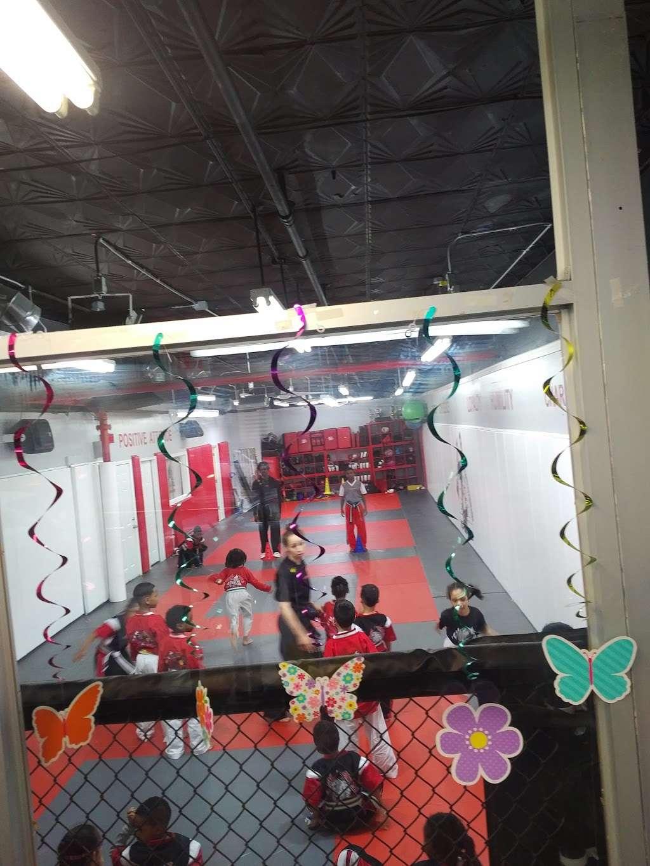 TCK Mixed Martial Arts - health  | Photo 2 of 8 | Address: 2955 Webster Ave, Bronx, NY 10458, USA | Phone: (718) 542-8622