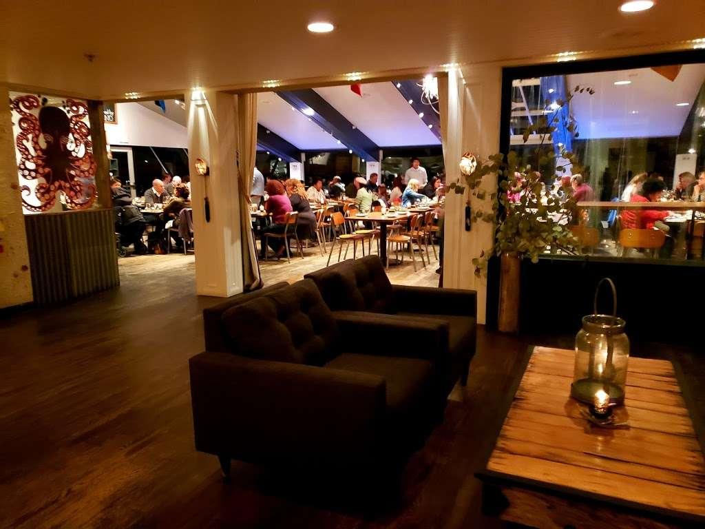 La Costanera - restaurant    Photo 5 of 10   Address: 8150 Cabrillo Hwy, Montara, CA 94037, USA   Phone: (650) 728-1600