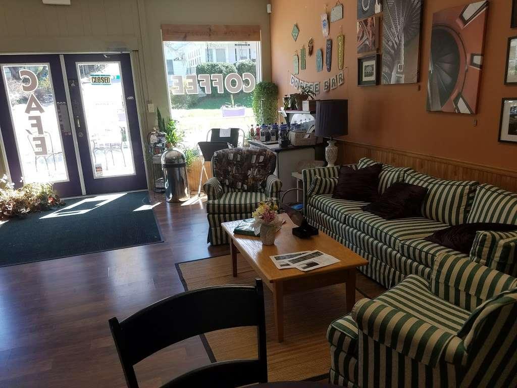 ReConnect Café - cafe    Photo 7 of 10   Address: 221 Main St, Delta, PA 17314, USA   Phone: (717) 456-6185