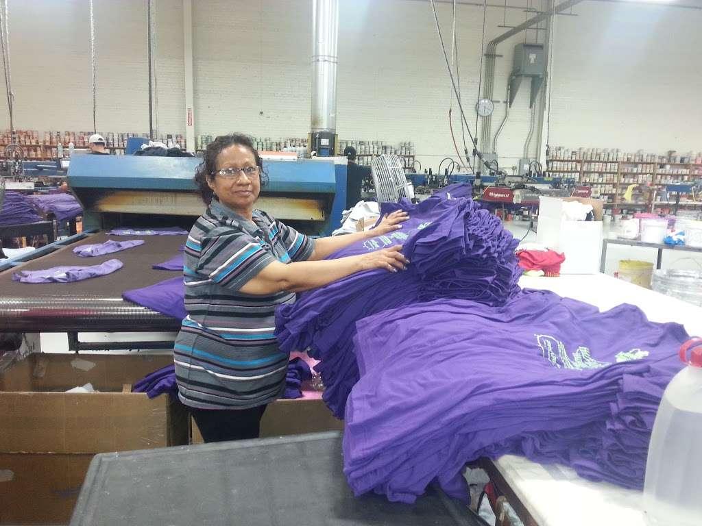 Visage Screen-Print - clothing store  | Photo 4 of 10 | Address: 119 Rawls Rd, Des Plaines, IL 60018, USA | Phone: (847) 813-5552