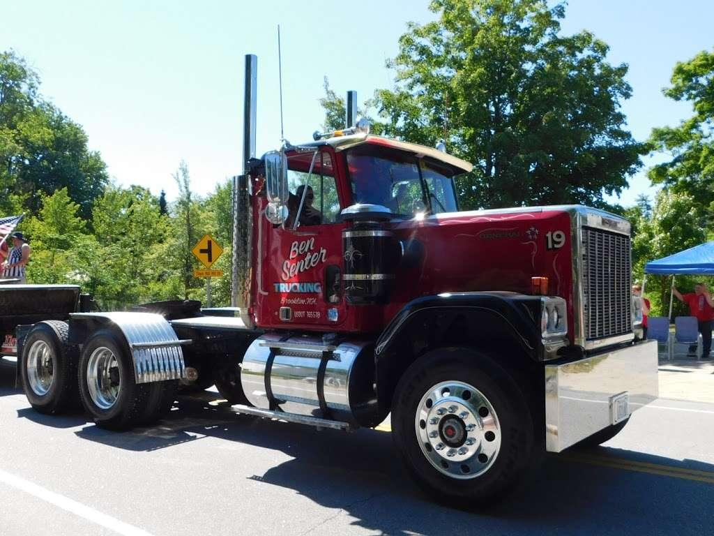 Ben Senter Trucking - moving company  | Photo 6 of 10 | Address: 207-209 Rte 13, Brookline, NH 03033, USA | Phone: (603) 673-9123