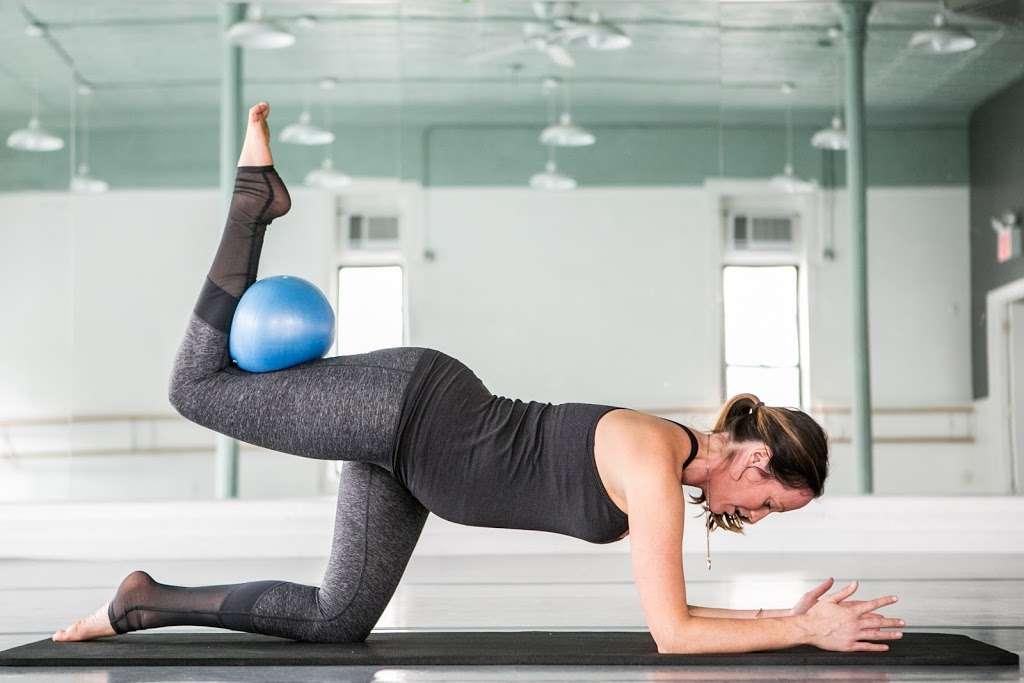 Body Love Pilates - gym  | Photo 1 of 10 | Address: 544 Union Ave - 4D, Brooklyn, NY 11211, USA | Phone: (917) 929-6717