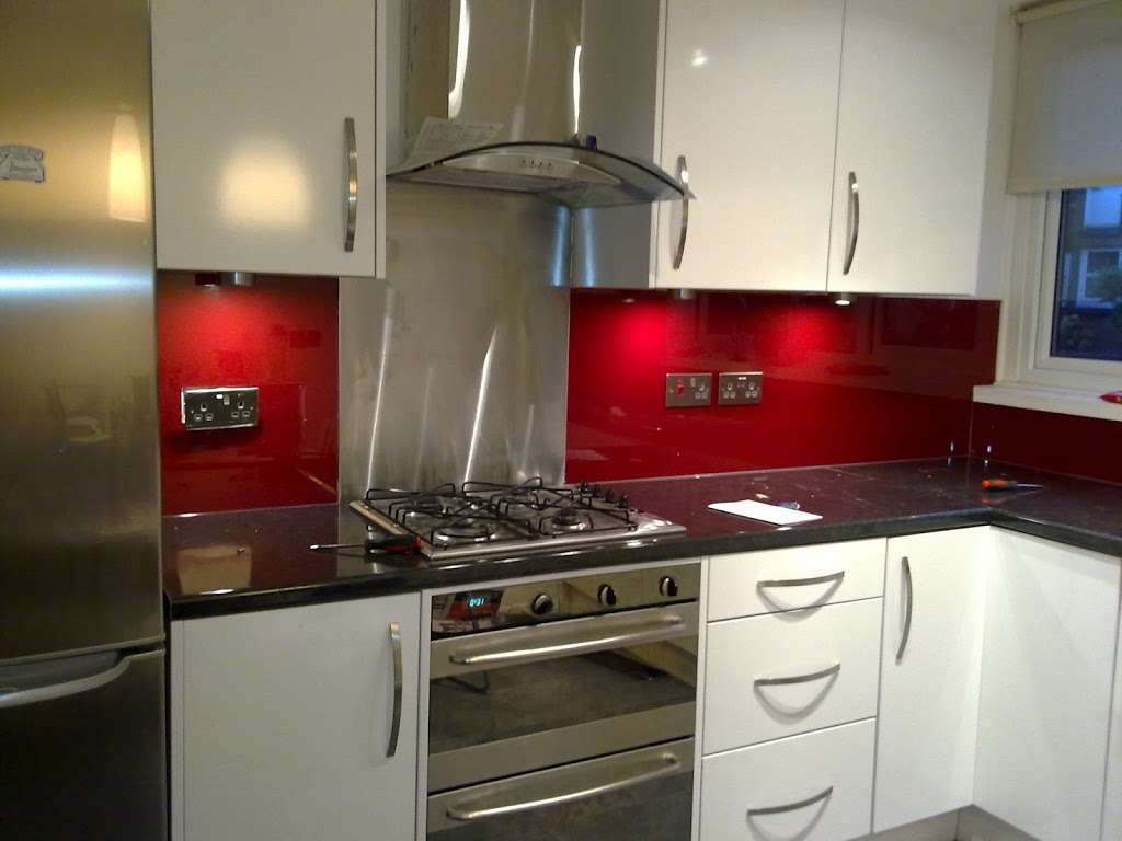 Ably Glass Ltd. - home goods store    Photo 2 of 10   Address: 108 Eardley Rd, London SW16 6BJ, UK   Phone: 020 8677 7872
