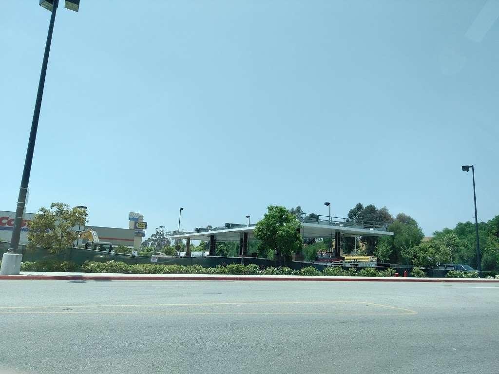 Costco Gasoline - gas station  | Photo 4 of 10 | Address: 13550 Paxton St, Pacoima, CA 91331, USA | Phone: (818) 272-2700