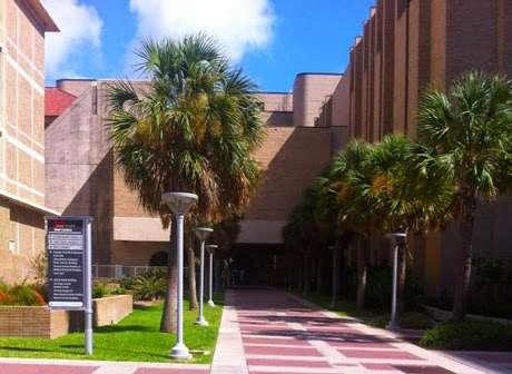 UTMB Health Ear, Nose and Throat - Galveston - doctor    Photo 4 of 5   Address: 700 University Blvd, Galveston, TX 77550, USA   Phone: (281) 338-0829