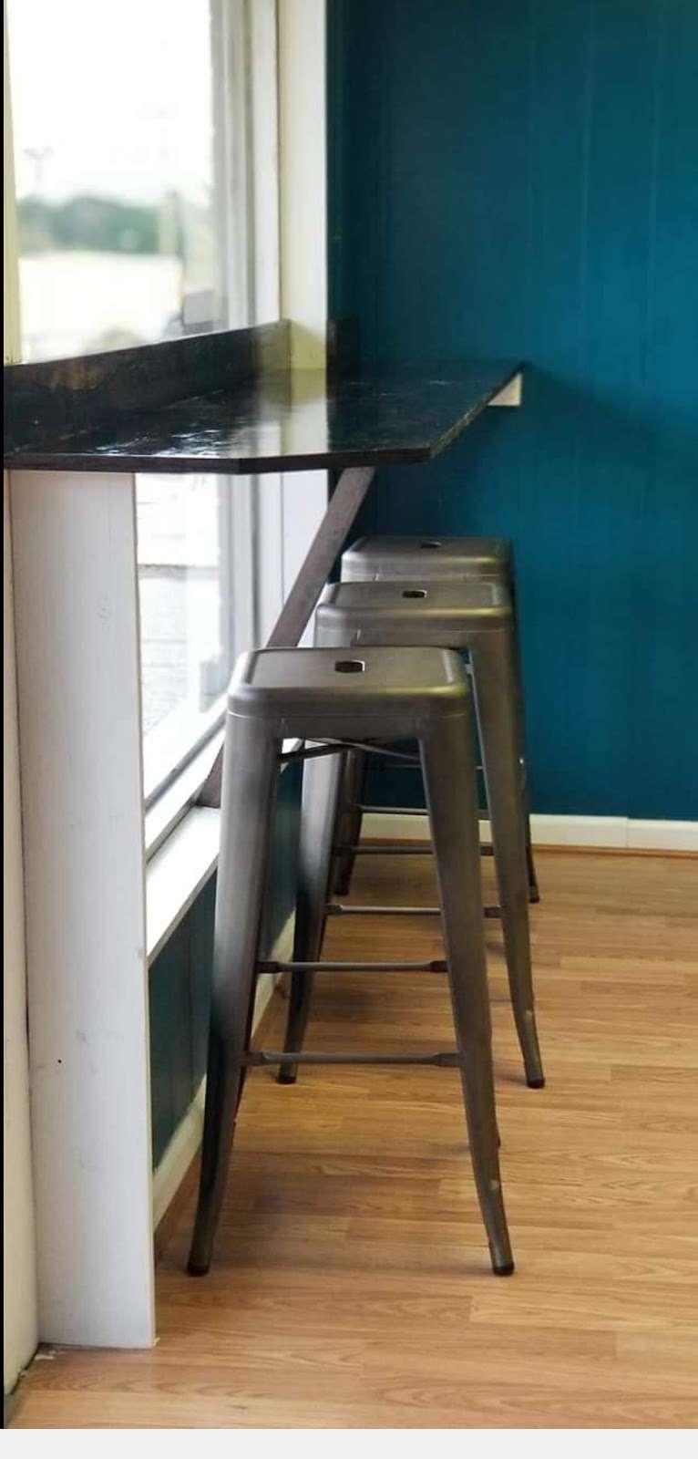 Grounded Coffeehouse - cafe  | Photo 4 of 8 | Address: 2657 E Main St, Lincolnton, NC 28092, USA | Phone: (980) 429-2052