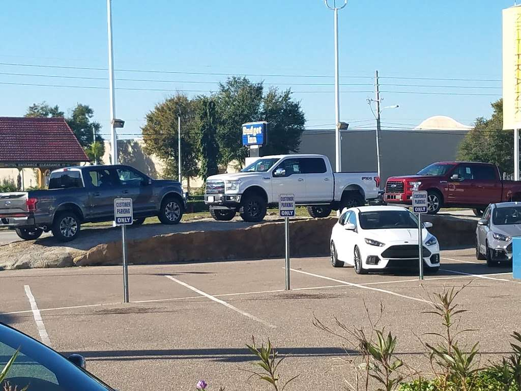 Sun State Ford - car repair  | Photo 7 of 10 | Address: 3535 W Colonial Dr, Orlando, FL 32808, USA | Phone: (407) 299-5900