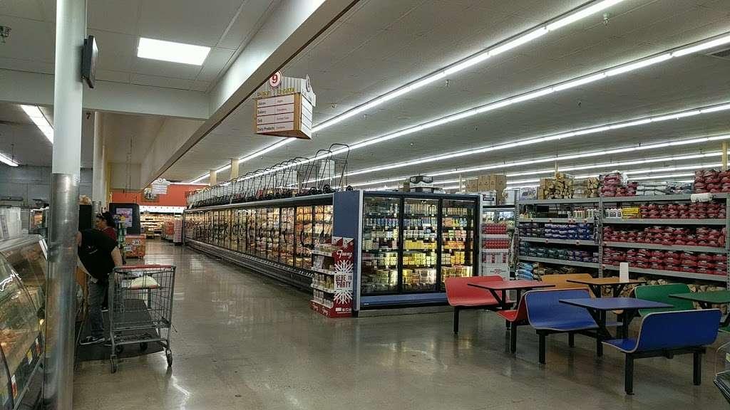 Superior Grocers - bakery  | Photo 7 of 10 | Address: 1720 17th St, Santa Ana, CA 92705, USA | Phone: (714) 972-1910