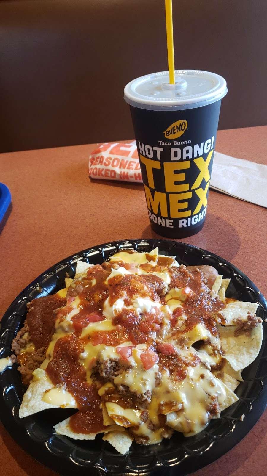 Taco Bueno - restaurant  | Photo 9 of 10 | Address: 2113 E Belt Line Rd, Richardson, TX 75081, USA | Phone: (972) 690-5373