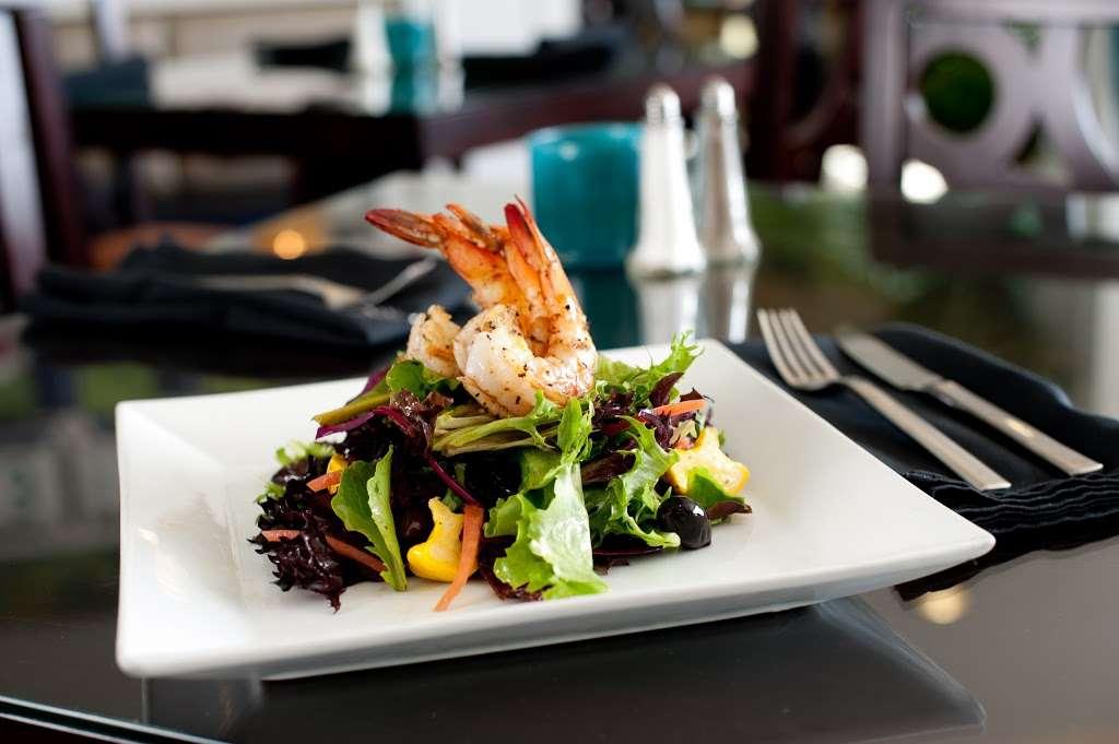Ocean View Bar & Grill - restaurant  | Photo 3 of 10 | Address: 710 Camino Del Mar, Del Mar, CA 92014, USA | Phone: (858) 755-1501