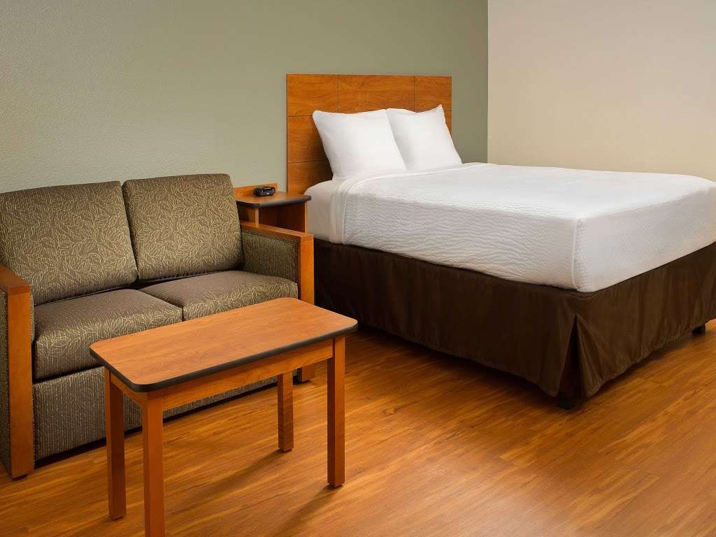 WoodSpring Suites Indianapolis Plainfield - lodging  | Photo 5 of 10 | Address: 6295 Gateway Dr, Plainfield, IN 46168, USA | Phone: (317) 837-2950