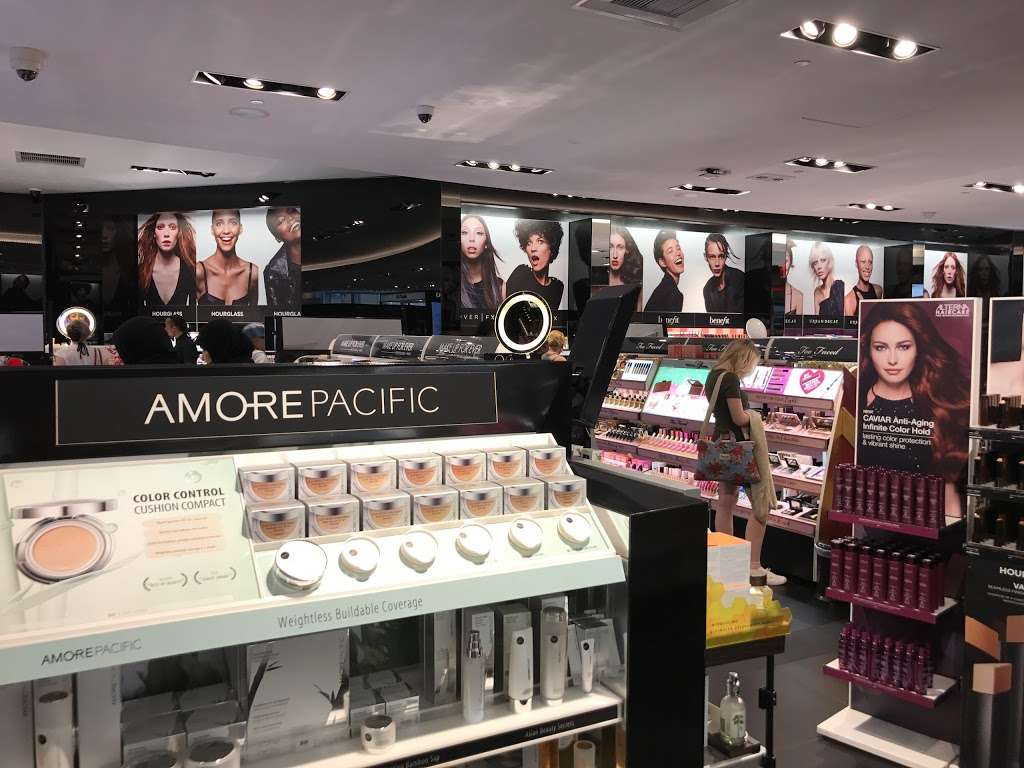 SEPHORA - clothing store  | Photo 6 of 10 | Address: 10 Columbus Cir #201, New York, NY 10019, USA | Phone: (212) 823-9383
