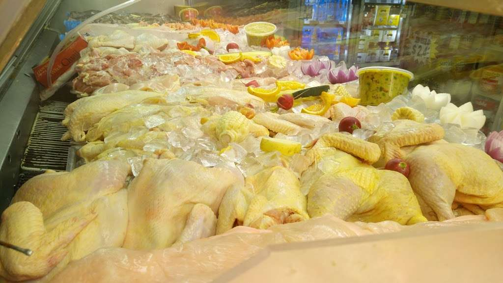 Mercado la Cachanilla #3 - store  | Photo 3 of 10 | Address: 345 N Azusa Ave, Azusa, CA 91702, USA | Phone: (626) 969-5800
