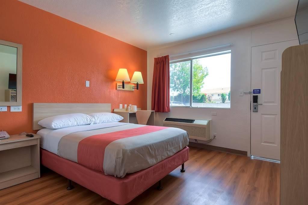 Motel 6 Stanton, CA - lodging  | Photo 2 of 10 | Address: 7450 Katella Ave, Stanton, CA 90680, USA | Phone: (714) 891-0717