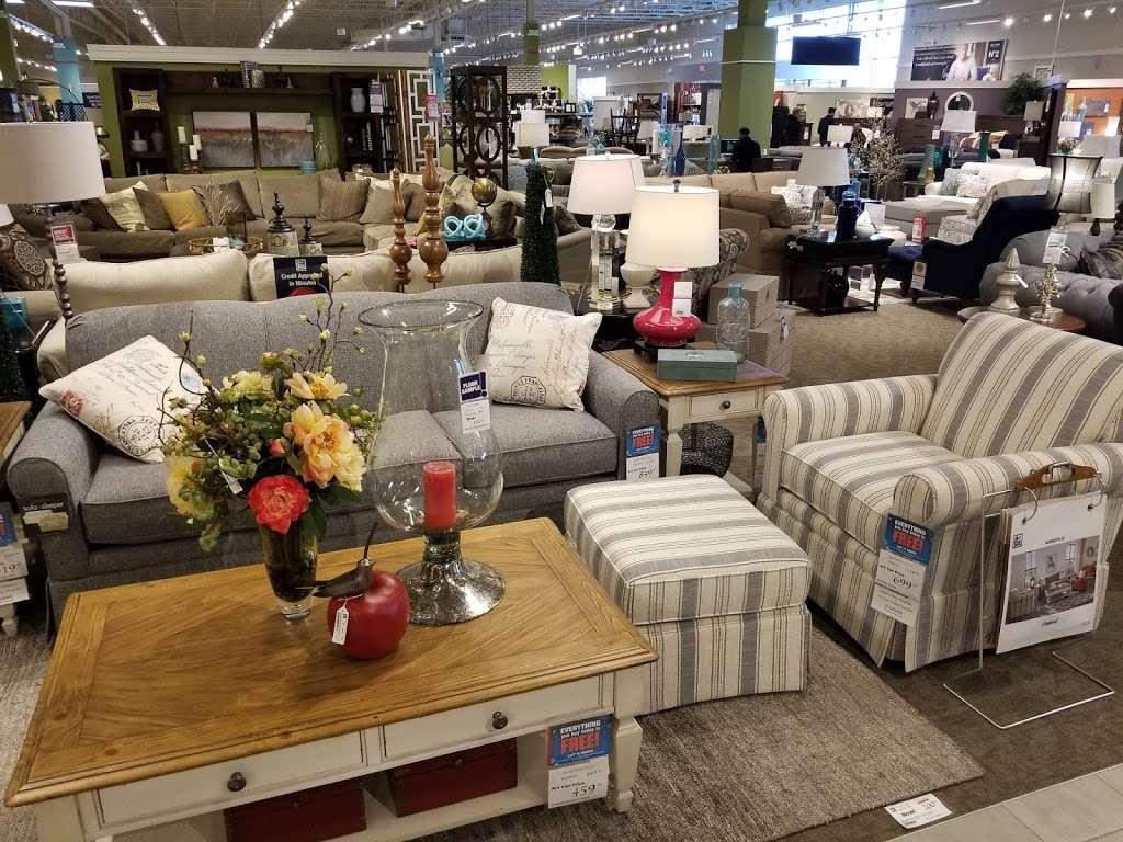 Art Van Furniture - furniture store    Photo 2 of 10   Address: 900 E Boughton Rd, Woodridge, IL 60517, USA   Phone: (630) 972-2499