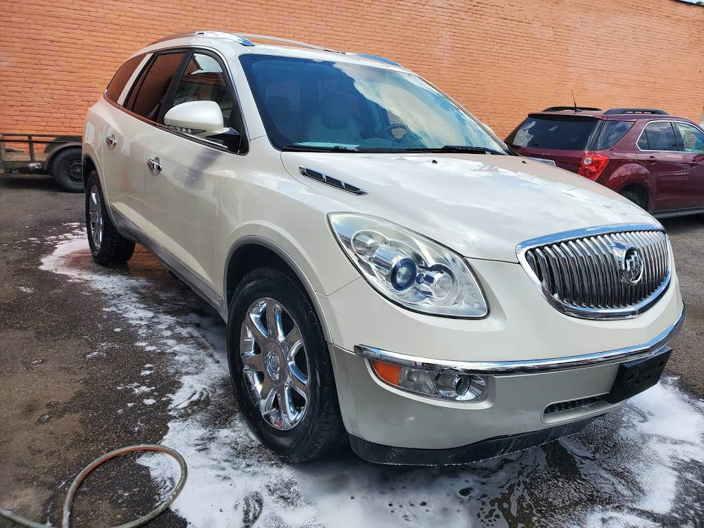 Top View Auto - car dealer  | Photo 1 of 9 | Address: 12715 Lorain Ave, Cleveland, OH 44111, USA | Phone: (216) 727-0022