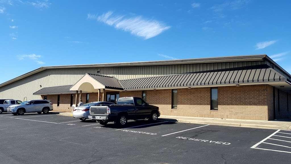 SunBelt Furniture Xpress - moving company  | Photo 1 of 10 | Address: 3255 20th Ave SE, Hickory, NC 28602, USA | Phone: (828) 464-7240