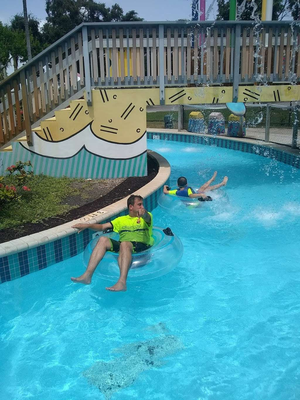 Grapeland Water Park - amusement park  | Photo 4 of 10 | Address: 1550 NW 37th Ave, Miami, FL 33125, USA | Phone: (305) 960-2950