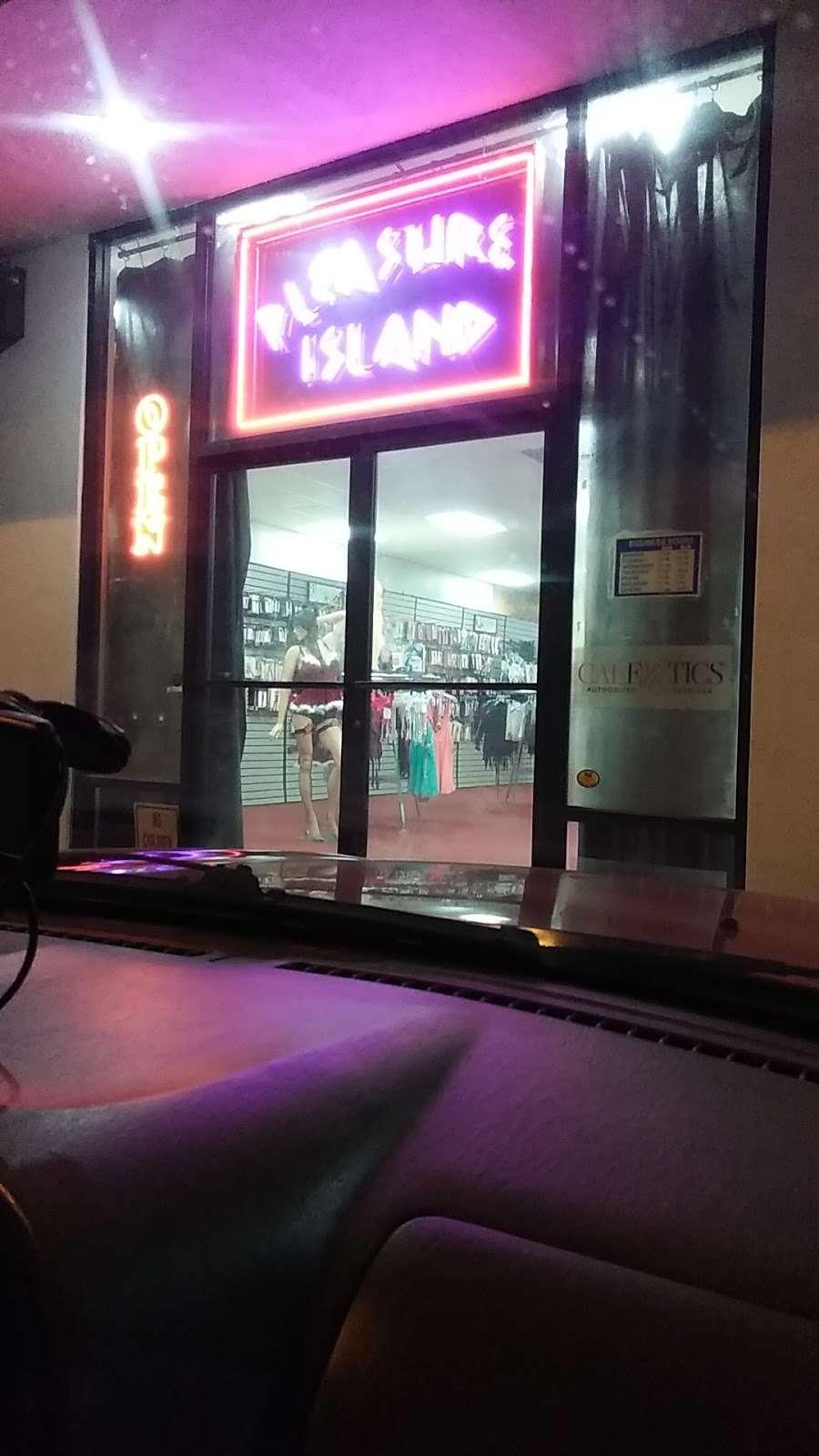 Pleasure Island - electronics store  | Photo 3 of 7 | Address: 18426 Hawthorne Blvd, Torrance, CA 90504, USA | Phone: (310) 793-9477