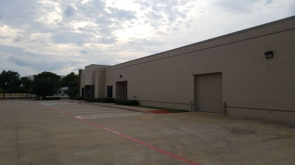 Chase Hospitality LLC - lodging    Photo 2 of 5   Address: 8530 Esters Blvd, Irving, TX 75063, USA   Phone: (214) 614-6040