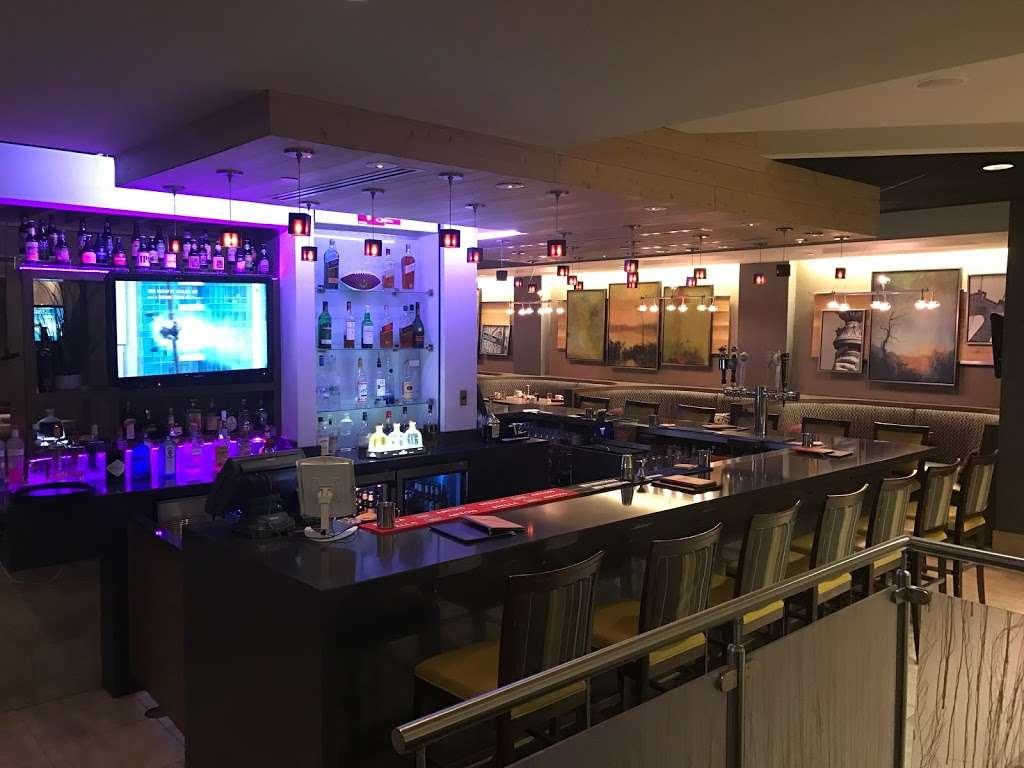 Urban Plum - restaurant  | Photo 6 of 10 | Address: 300 Plaza Dr, Secaucus, NJ 07094, USA | Phone: (201) 520-0574