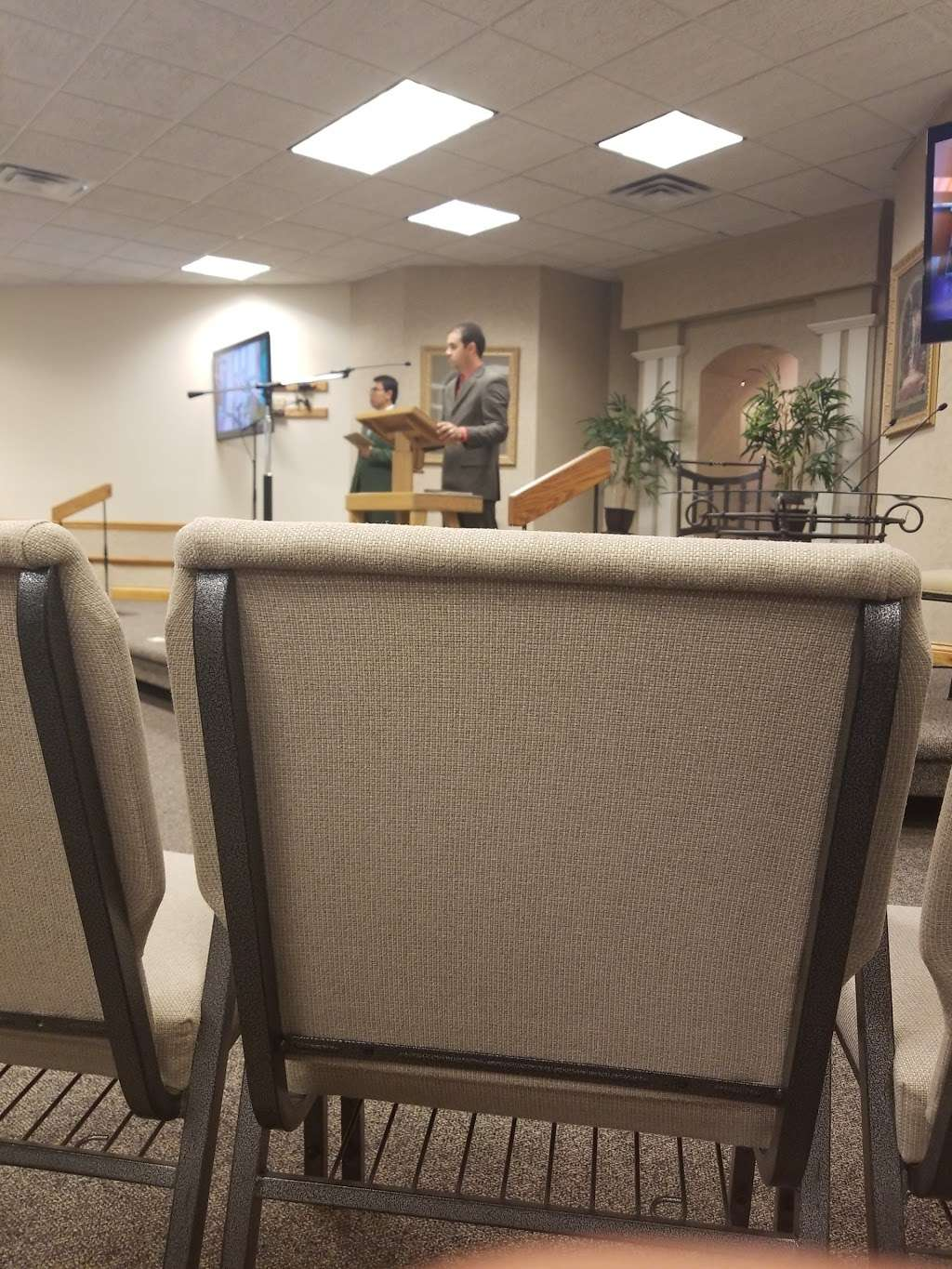 Kingdom Hall of Jehovahs Witnesses - church    Photo 3 of 5   Address: 5667 Moller Rd, Indianapolis, IN 46254, USA   Phone: (317) 789-8981