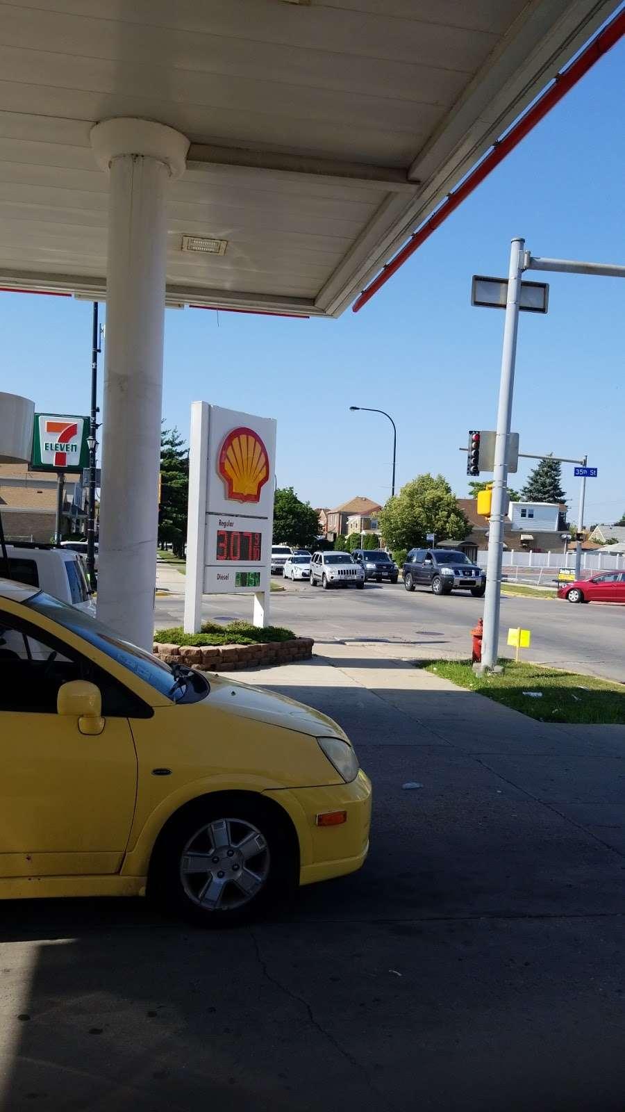 Shell - gas station  | Photo 1 of 2 | Address: 6001 W 35th St, Cicero, IL 60804, USA | Phone: (708) 477-4467