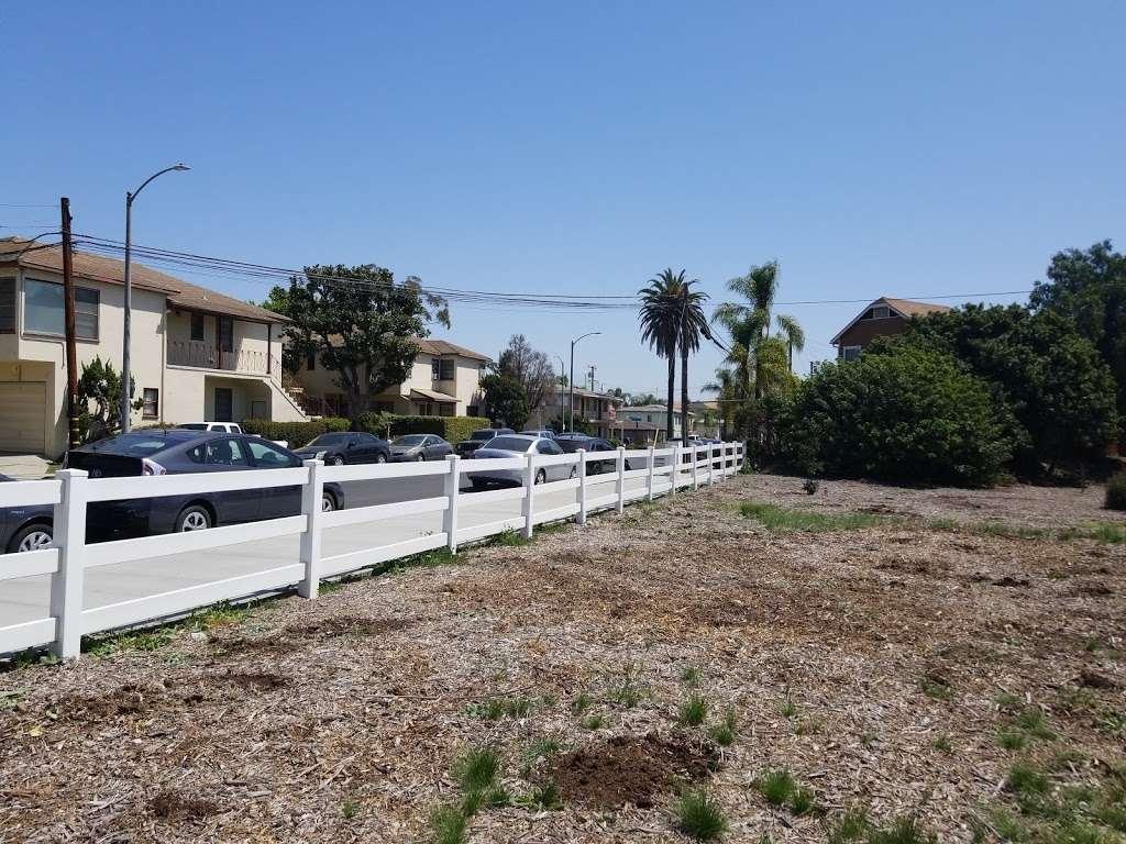 Long Beach Greenbelt - museum    Photo 8 of 10   Address: 799-701 Bennett Ave, Long Beach, CA 90804, USA