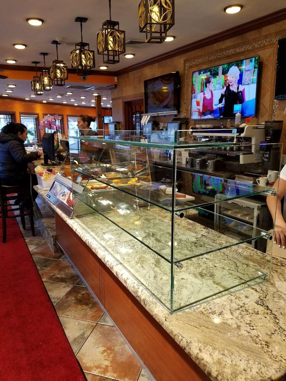 Florian Glass Service, Inc. - store  | Photo 9 of 10 | Address: 3800 32nd St, Union City, NJ 07087, USA | Phone: (201) 863-4770