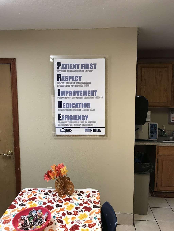 MD Family Clinic - health  | Photo 5 of 10 | Address: 2815 S Hampton Rd, Dallas, TX 75224, USA | Phone: (214) 330-0137