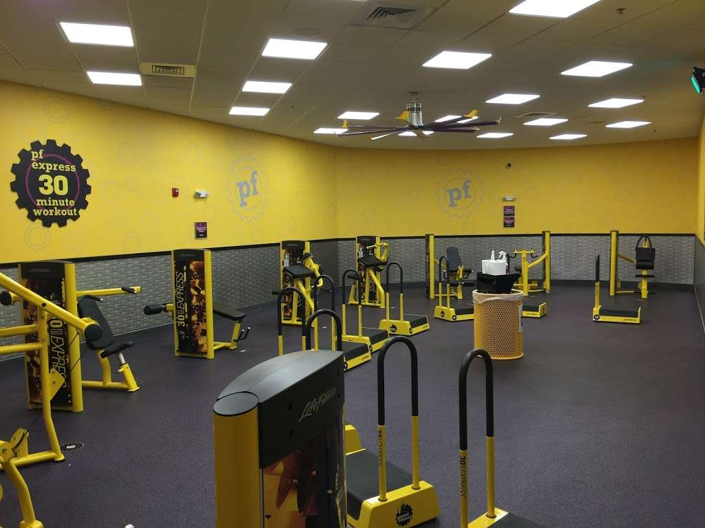 Planet Fitness - gym  | Photo 3 of 10 | Address: 1341 S Fairview St, Delran, NJ 08075, USA | Phone: (856) 393-8912