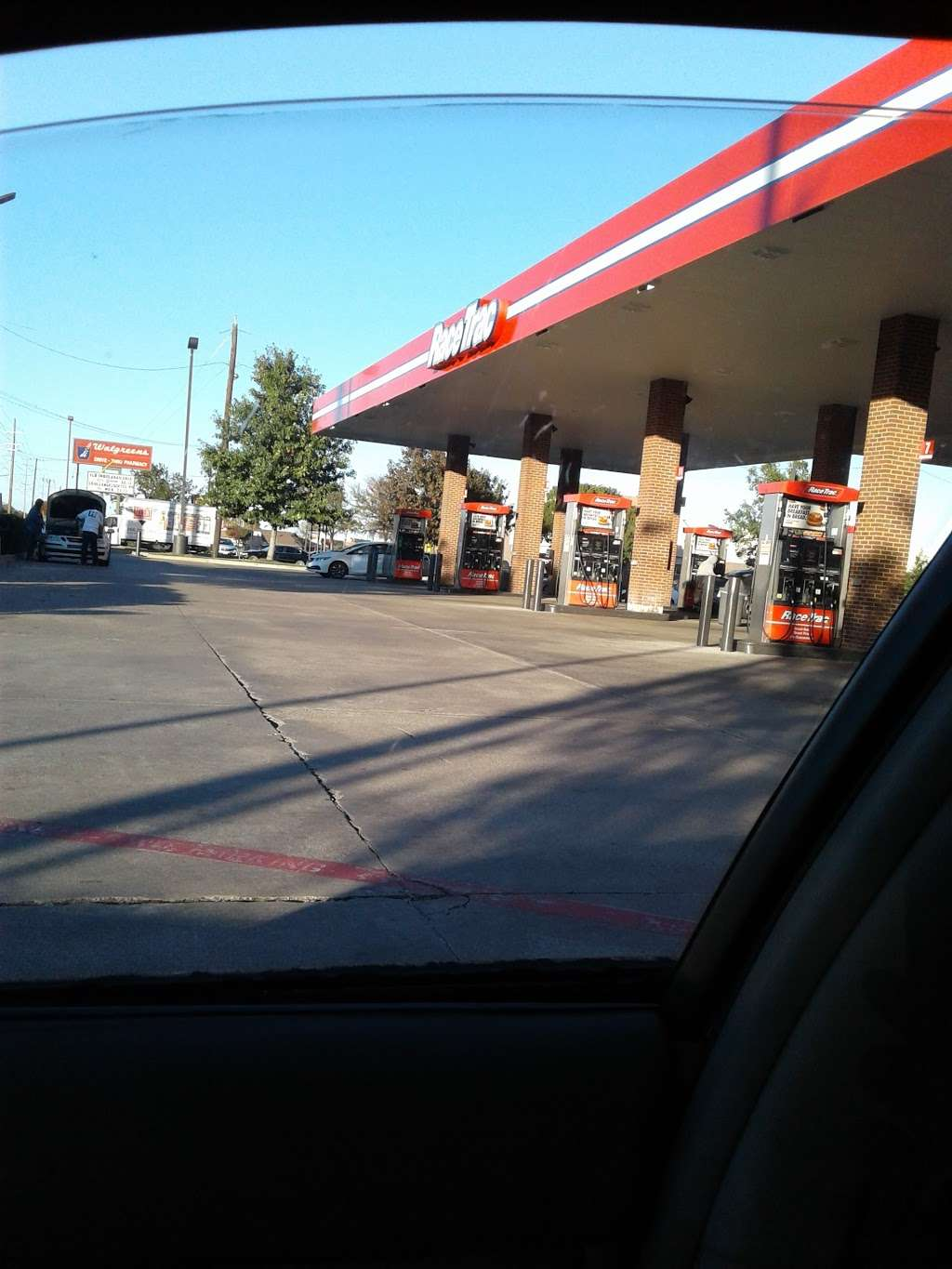 RaceTrac - gas station    Photo 7 of 9   Address: 2602 Lavon Dr Hwy. 78, Garland, TX 75040, USA   Phone: (972) 414-9644