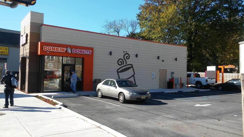 Dunkin Donuts - cafe  | Photo 1 of 10 | Address: 454 Spring St, Elizabeth, NJ 07201, USA | Phone: (973) 298-3285